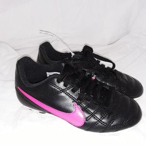 Girl's Nike Cleats - Kid's Size 11C